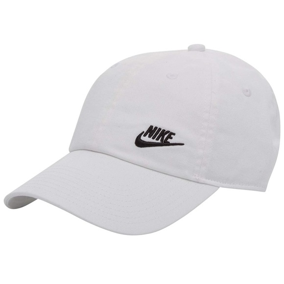 d781b0c45800b Nike Women s Futura Classic H86 Hat one size